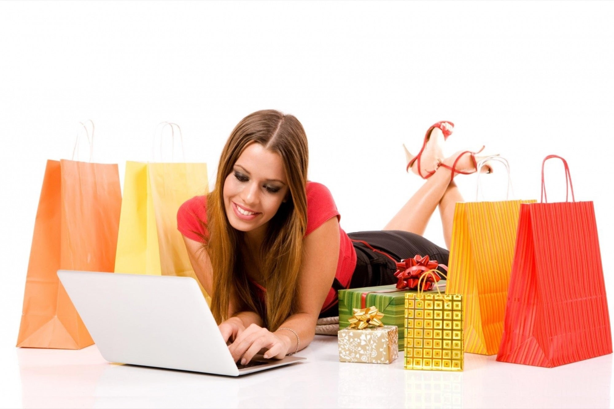 Shopping online - Making use of online stores to get the best deals